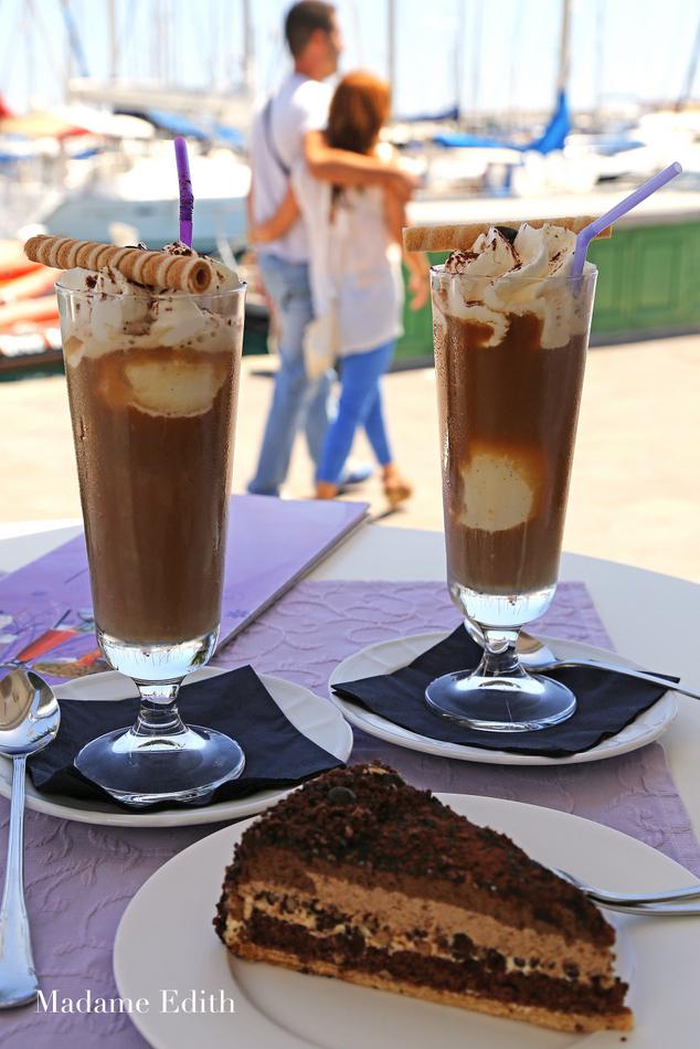 cafe de mogan