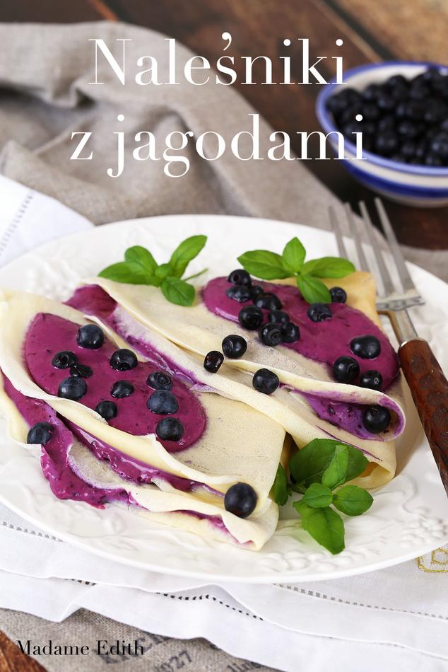 naleśniki z jagodami
