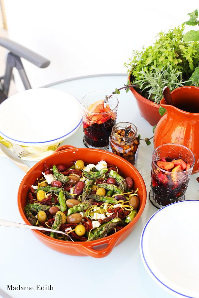 salatka ze szparagami i feta