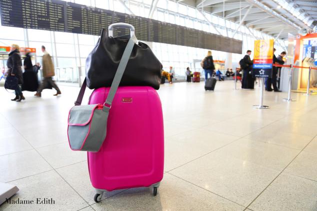 jak spakować bagaż podręczny