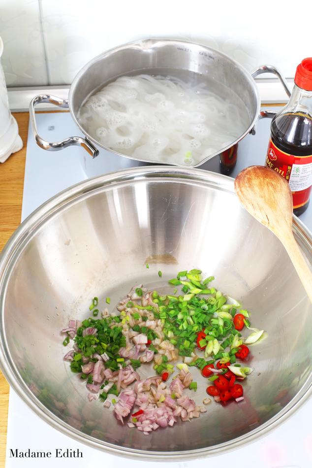 pad thai z krewetkami i tofu 7