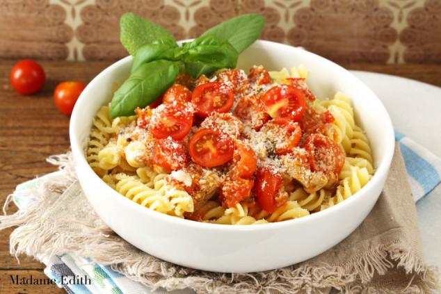 makaron_z_sosem_pomidorowym_7a