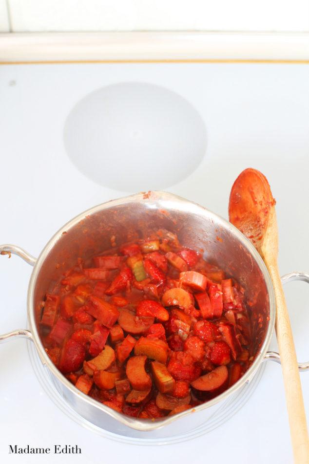 chutney z rabarbaru i truskawek 9
