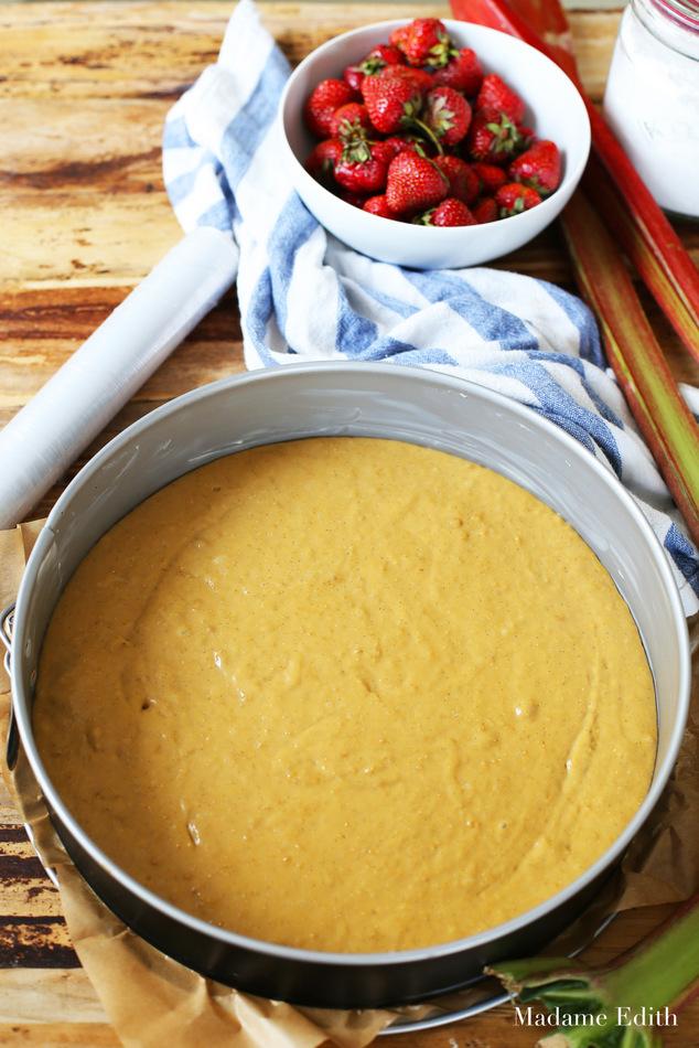 ciasto drożdżowe z rabarbarem i truskawkami 12