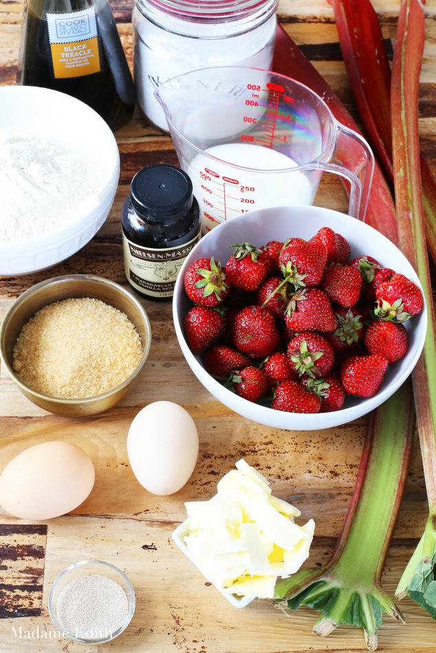 ciasto drożdżowe z rabarbarem i truskawkami 9