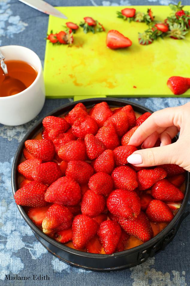 sernik truskawkowy na zimno 18