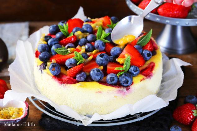 sernik z ricottą i owocami 5