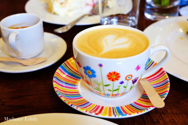 cafe byfyj 6