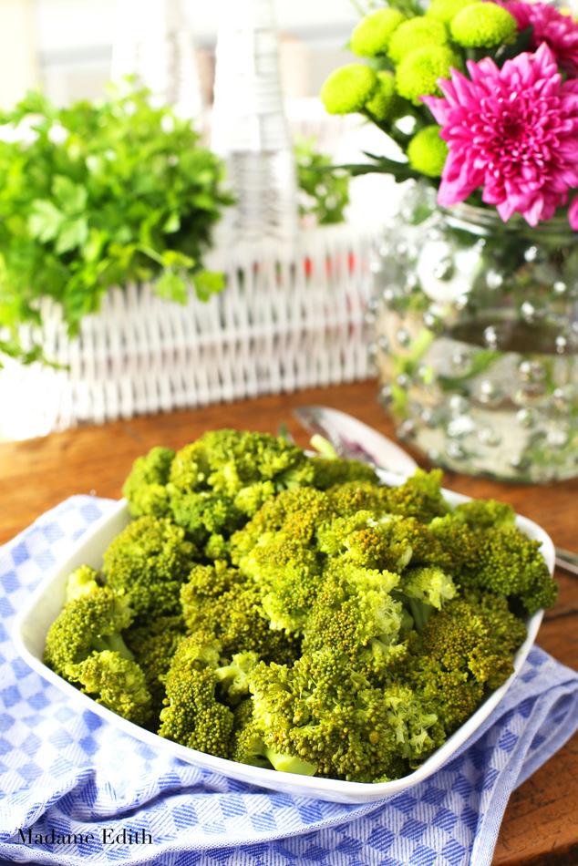 jak gotować brokuły