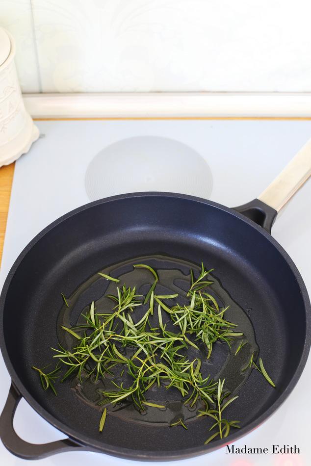 makaron-z-sosem-dyniowym-1