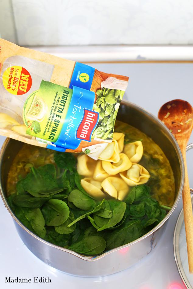 zupa warzywna z tortellini