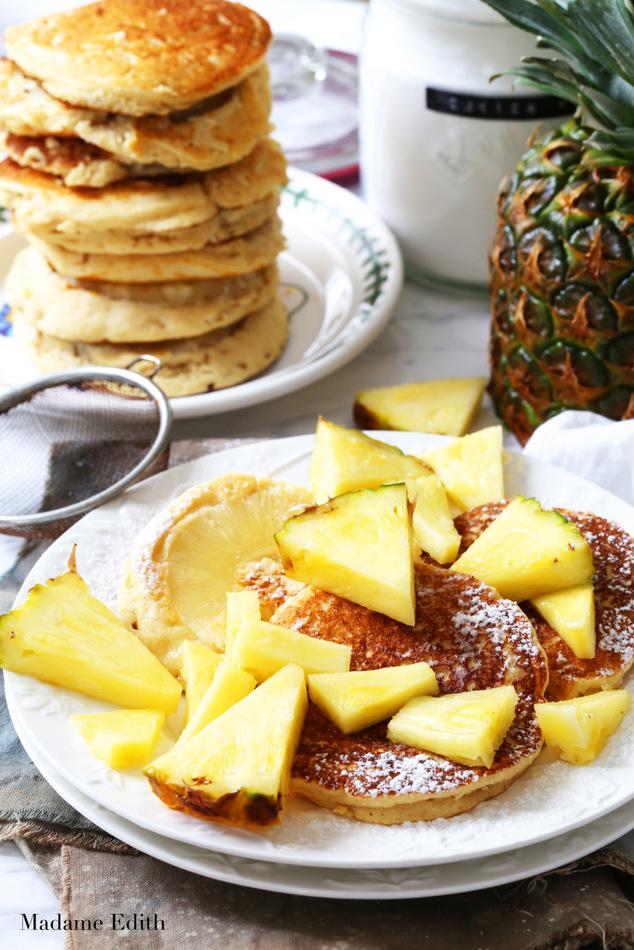 Racuchy z ananasem - składniki: