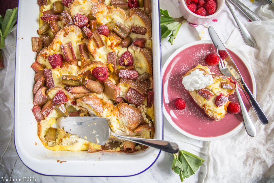 Pudding z rabarbarem