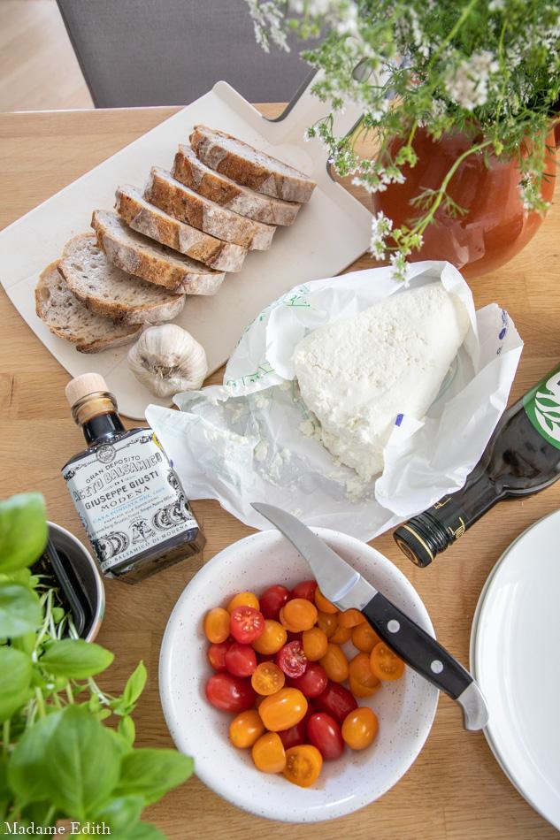 Kanapka z białym serem