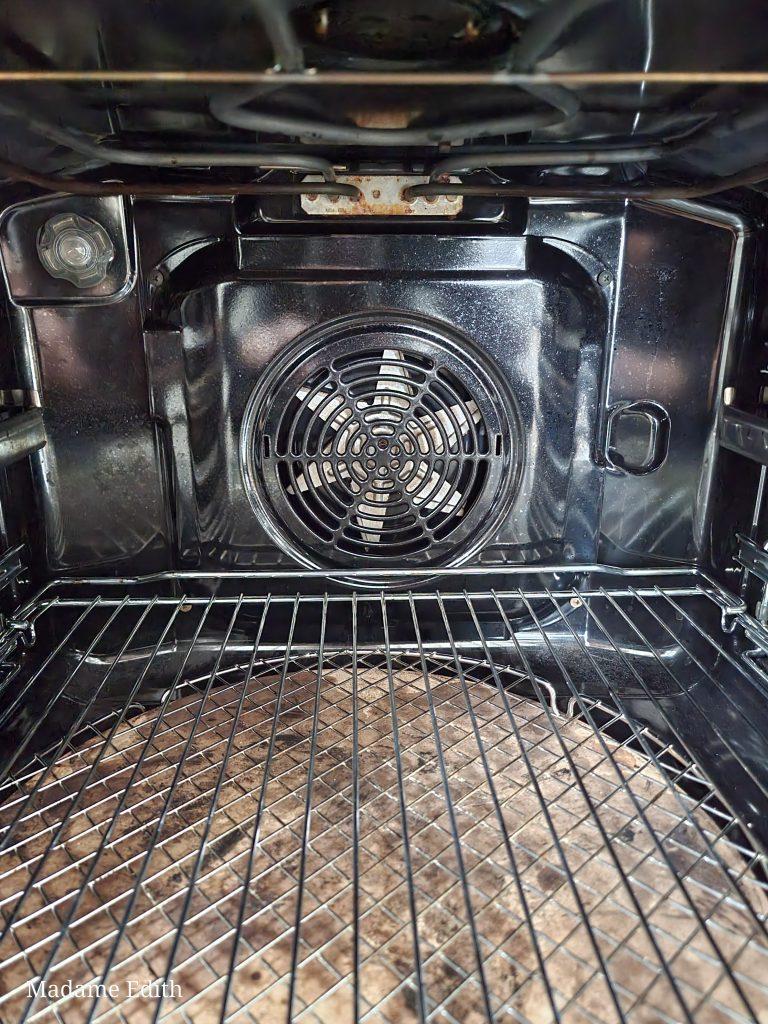 Piekarnik statyczny czy z termoobiegiem