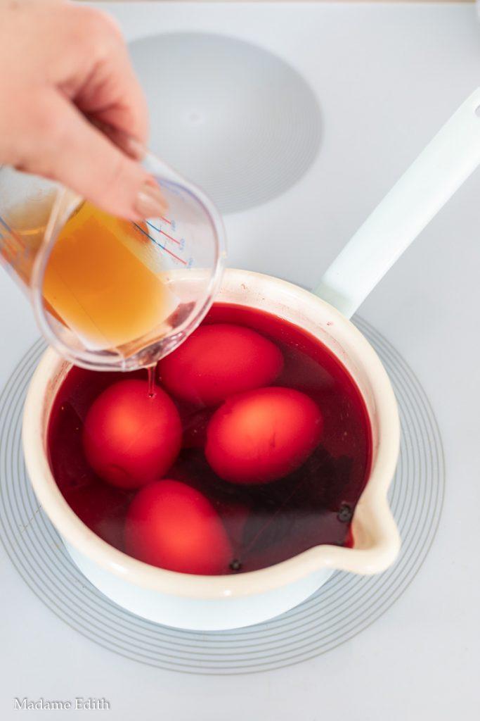 jajka marynowane w burakach