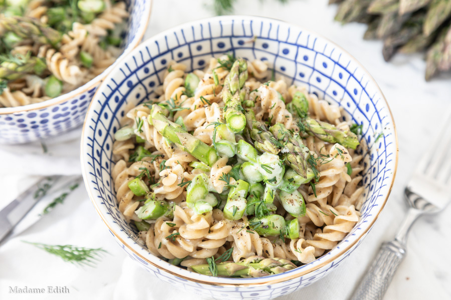 Makaron ze szparagami i gorgonzolą